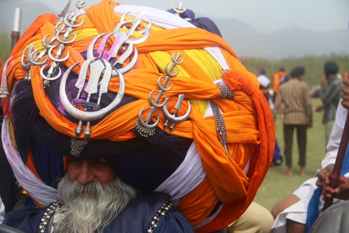 HOLA MOHALLA - Why You Should Be here next Holi! Incredible India!