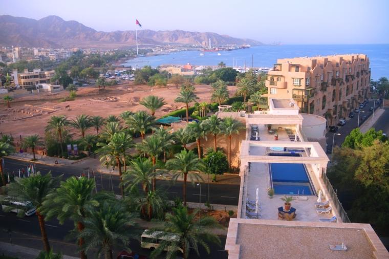 10 - luxury hotel