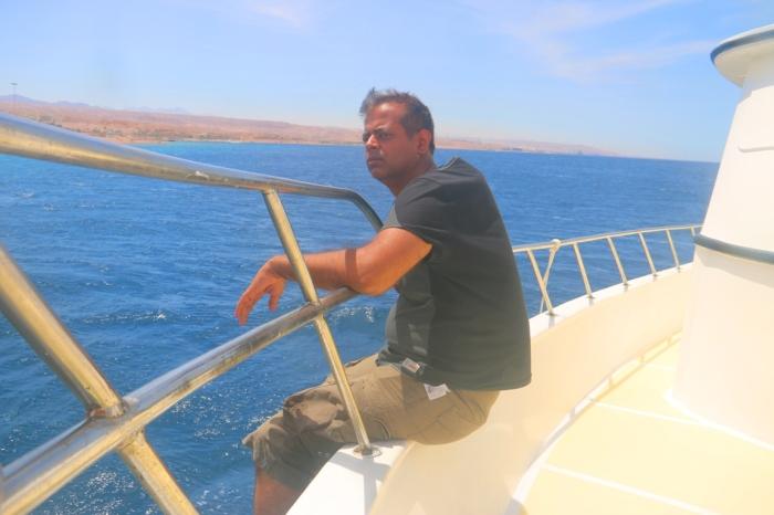 13 dead sea, red sea