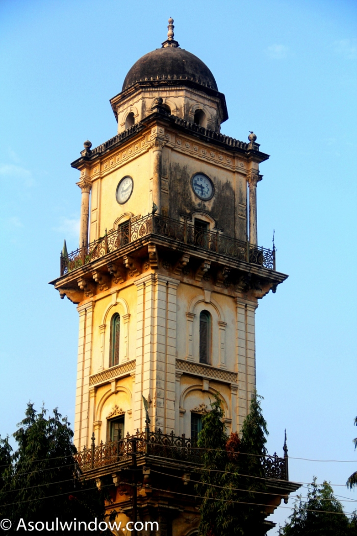 mehboob-chowk-clock-tower