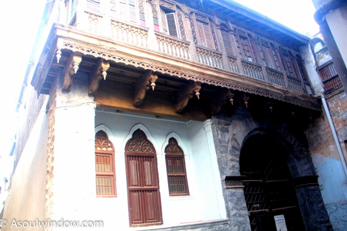 old-houses-in-laad-bazaar