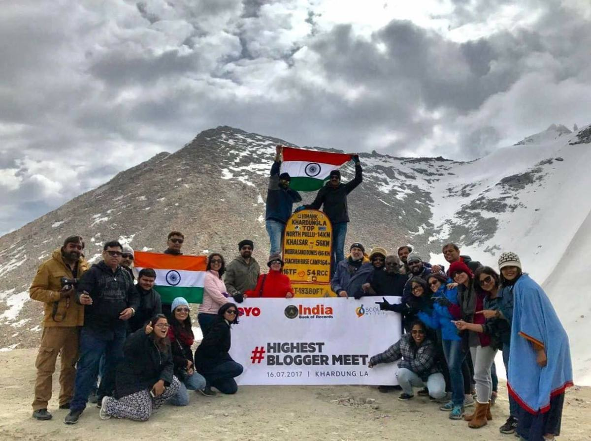 Highest Blogger Meet in Khardungla Top, Ladakh: Introducing the fun company!