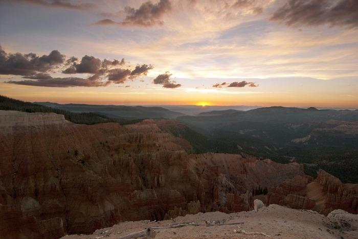 Cedar sunset-1740377_960_720