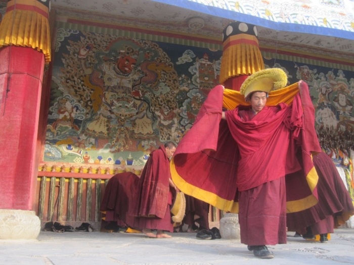 Yellow hat sect monks - Labrang Monastery
