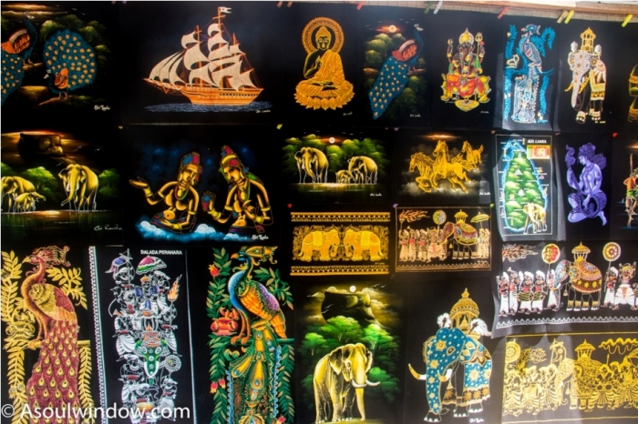 Handicrafts at Sigiriya. Sri Lanka Shopping Guide