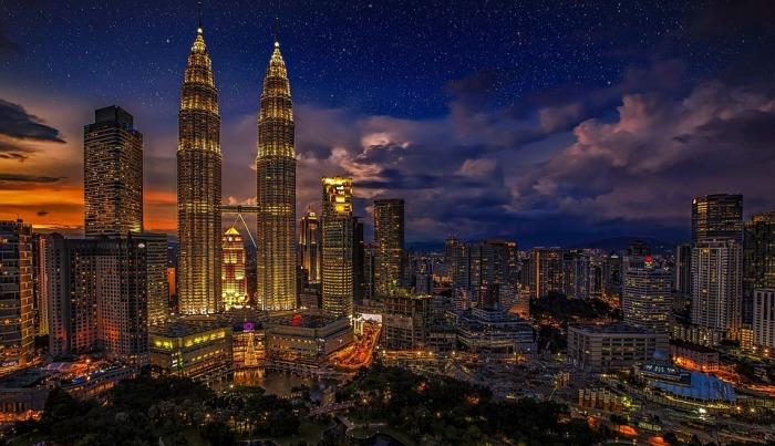 Petronas tower kuala-lumpur-1820944_960_720