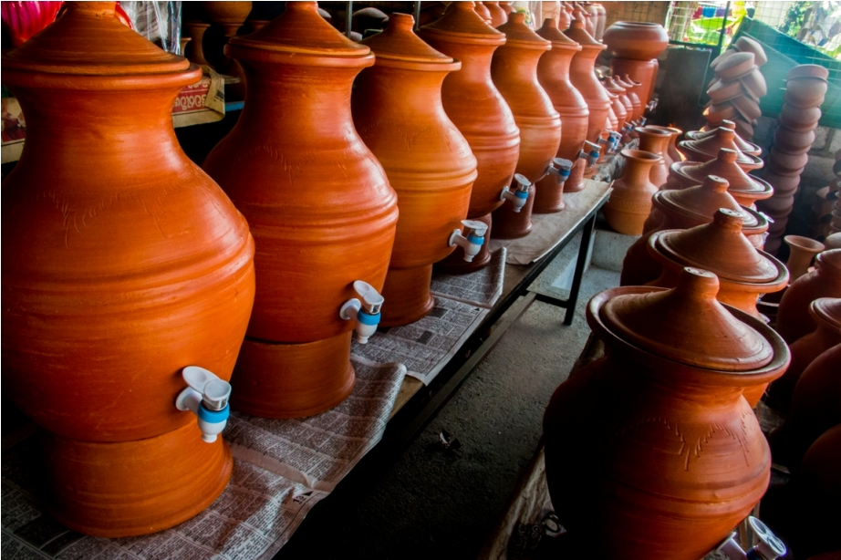 Terracota pots. Sri Lanka Shopping Guide
