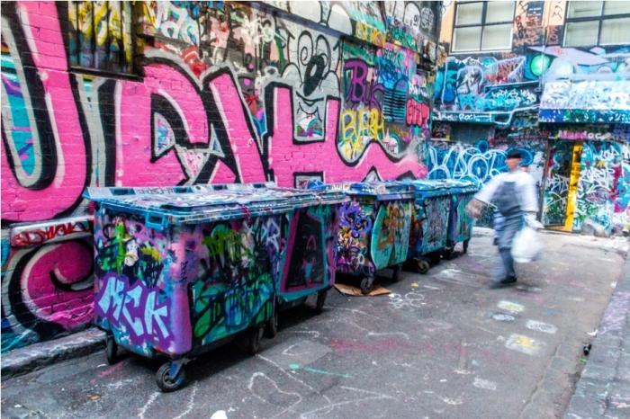 Dustbin Drugs Heroin Grafitti Street Art Hosier Lane Melbourne Australia (4)