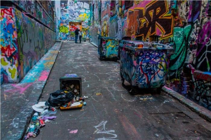 Dustbin Drugs Heroin Grafitti Street Art Hosier Lane Melbourne Australia (6)