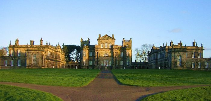 1280px-Seaton_Delaval_Hall_-_all_from_N