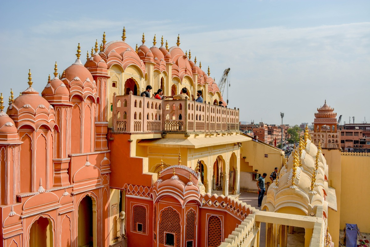 A TRAVEL GUIDE TO JAIPUR, INDIA'S CITY OF PALACES!