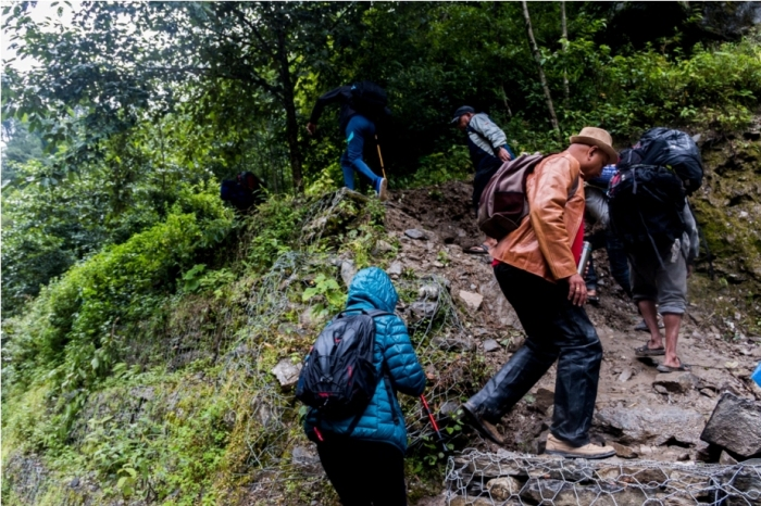 Landslide Nepal (3)