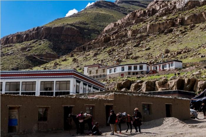 Zuthulphuk Deraphuk Kailasha Mansarovar Parikrama China Tibet