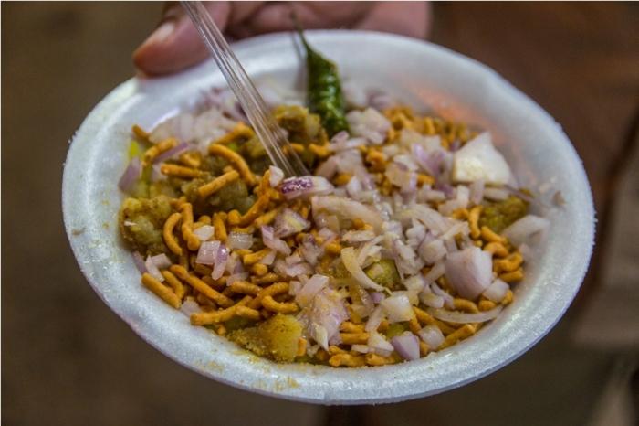 Gadh Kaleva Vegetarian Food Raipur Chattisgarh Chowpatty Marine Drive Indori Pohe