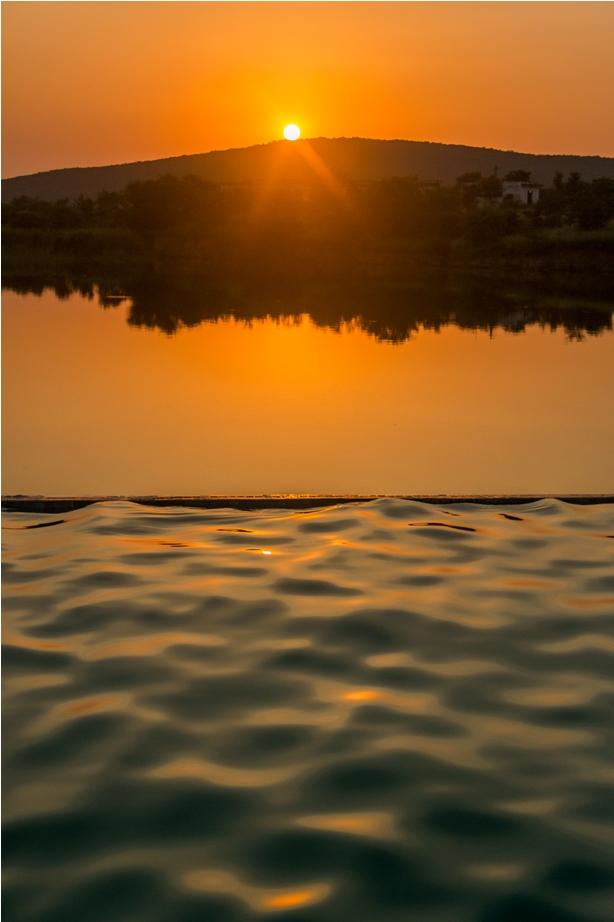 Justa Lake Nahargarh Palace, Chittorgarh Rajasthan India swimming pool (3)