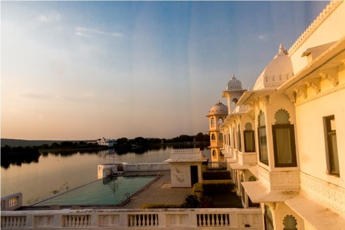 Justa Lake Nahargarh Palace, Chittorgarh Rajasthan India swimming pool (6)