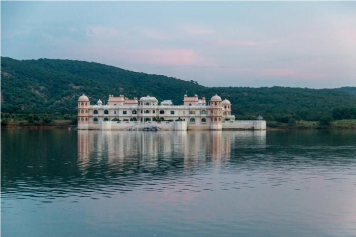 Justa Lake Palace Nahargarh Rajasthan (2)