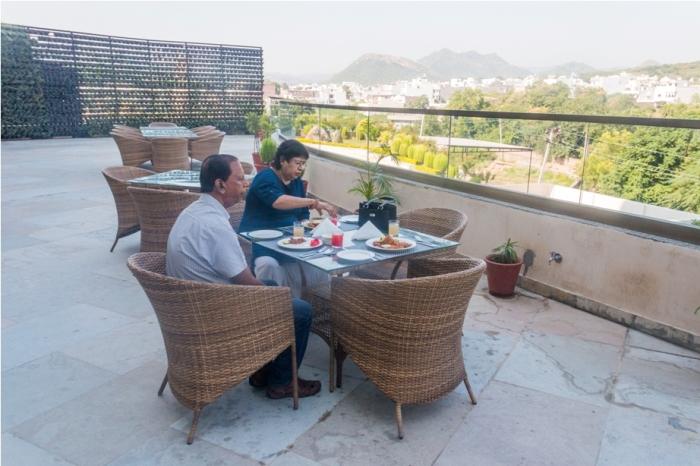 Justa Sajjangarh Resort Hotel Udaipur Food (10)