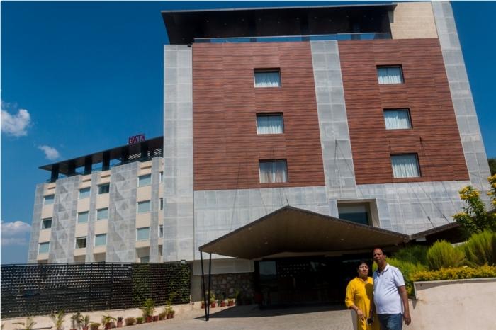 Justa Sajjangarh Resort Hotel Udaipur Food (5)