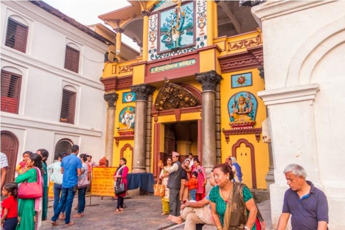 Pasupati Nath MAndir Kathmandu Nepal Kailash Mansarovar Yatra Kyirong China Madhuban Foods