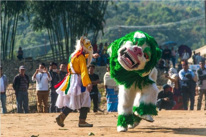 Basar Confluence Bas Con Arunachal Pradesh India Tawang Lion Dance