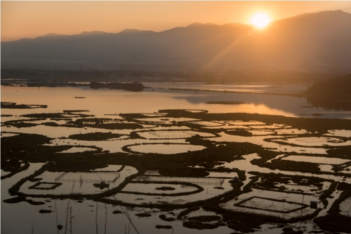 Boat ride Loktak Lake Manipur Incredible India Phumdi (10)