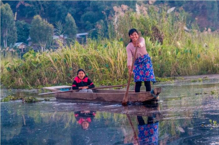 Boat ride Loktak Lake Manipur Incredible India Phumdi (5)