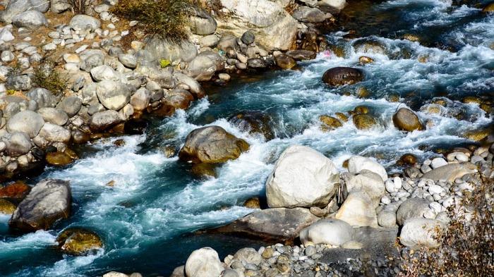beas-river-1941786_960_720