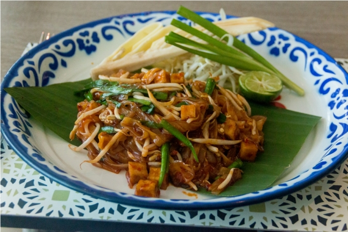 Vegan Vegetarian Phad Thai Amari Ocean Tower Pattaya Thailand Resort Hotel (11)