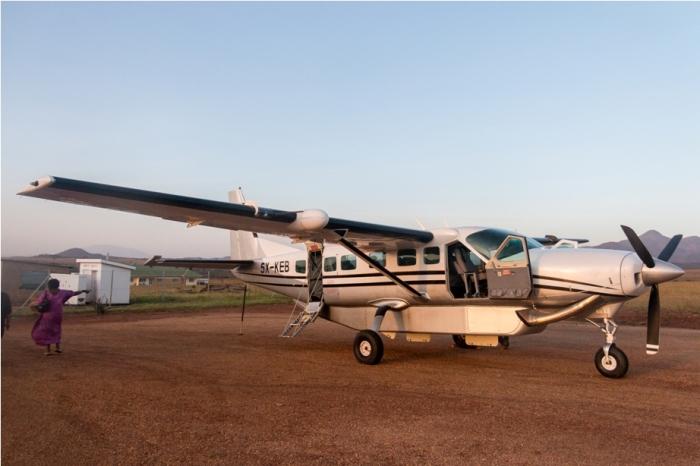 Cessna aircraft Kidepo National Park Uganda Africa (36)