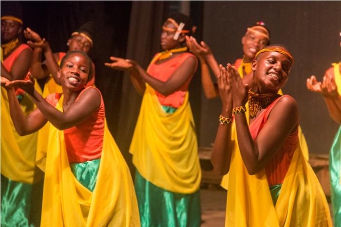 Masai Tribe Dance Uganda Africa (19)