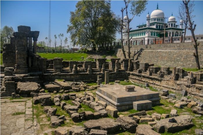 AVANTISWAMIN TEMPLE Avantipura Srinagar Hindu Kashmir (8)