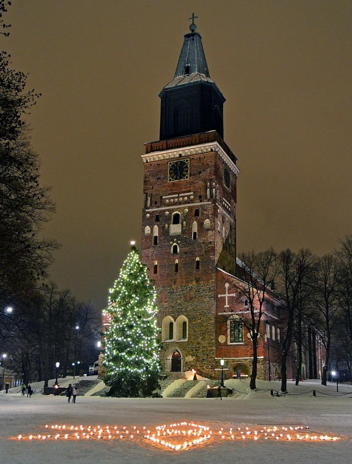 Turku cathedral Finland christmas-tree-577263_1280