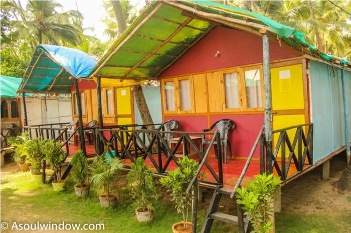 Coco hut Palolem Patnem Beach South Goa India (4)
