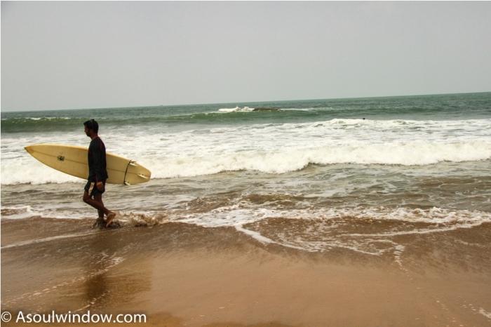 Surfing Palolem Patnem Beach South Goa India (5)